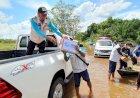 Ringankan Beban Warga Terdampak Banjir, YBM PLN Kalbar Salurkan Bantuan Paket Sembako